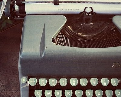 oldschool-typewriter