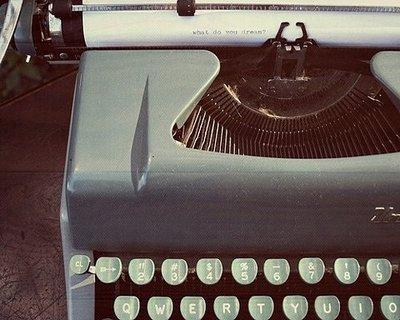 oldschool-typewriter