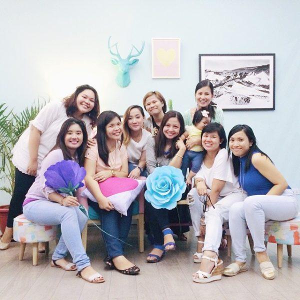 Pursuit Manila: Music, Stories & Photographs